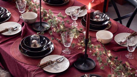 Decorazioni Natalizie Tavola.Decorazioni Per La Tavola Natalizia Decorazioni Per La Tavola Di Natale Pfister
